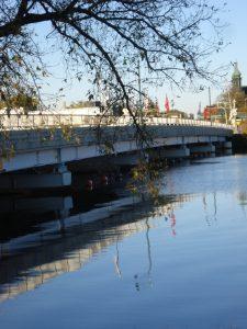 Mississippi River bridge, Mary Warner, 2014.