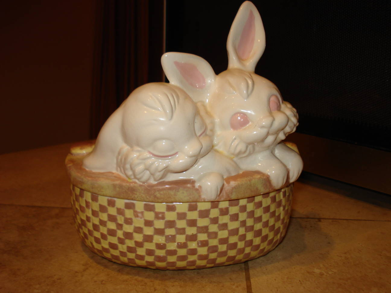Bunny dish from my childhood. Photo by Mary Warner, March 28, 2016.