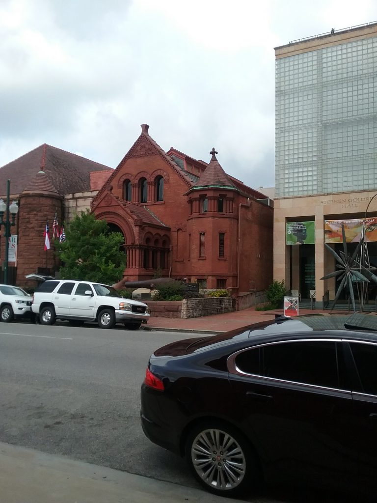 Confederate Memorial Hall Museum, next door to the Ogden Museum of Southern Art, New Orleans, Louisiana, August 2019. This building is done in the Richardsonian Romanesque architectural style, named for architect Henry Hobson Richardson, who apparently lived nearby on Julia Street. Our historic courthouse in Little Falls, Minnesota, is in the Richardsonian Romanesque style, too.